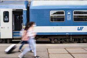 A maszkviselés az utasok közös érdeke!