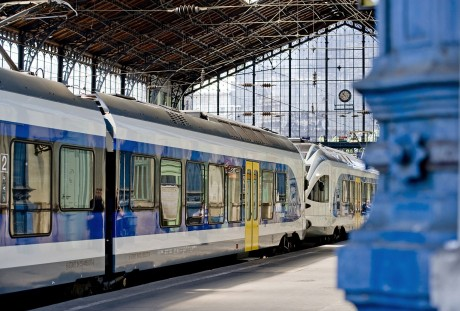 MAV-START FLIRT motorvonat Nyugati pályaudvar